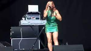 Lindy Layton performs Dub Be Good To To Me live @ Penn Festival 2014 -  YouTube