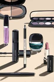 the beauty news we ve all been waiting for marc jacobs beauty es to the uk with harrods