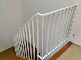 Es ist ganz einfach, sein geländer zu konfigurieren. Treppengelander Streichen In 4 Schritten Der Wohnsinn