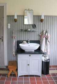 vintage style bathroomting vanityts bath wall uk old world
