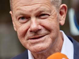 Explore olaf scholz net worth, birthday, age, height, weight, wiki, fact 2021! Bundestagswahl Olaf Scholz Legt In K Frage Nochmal Zu Waz De