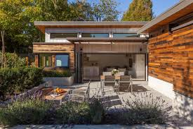 The Two Birds laneway house, an energy-efficient modern home with two  bedrooms in