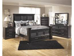 Minnie Mouse Bedroom Furniture Awesome Mickey Mouse Bedroom And Furniture Set Bedroom