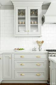Drawers For Kitchen Cabinets 25 Best Ideas About Kitchen Cabinet Knobs On Pinterest Kitchen