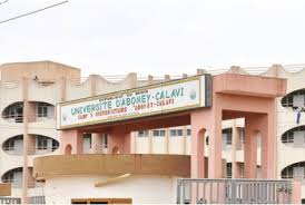 L'Université d'Abomey-Calavi du Bénin et l'Université Sine Saloun El Hadj Ibrahim Nias du Sénégal signent un accord de coopération