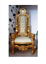 throne chair with gold lion king copy jpg