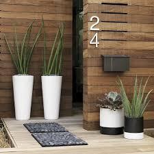 Superb Décoration De Porte Du0027entrée En Style Simple Avec Extérieur De Maison  Moderne