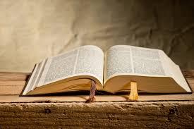"""Wzgardzone prawdy, zapomniane wartości   Czy Biblia jest """"obsceniczną  księgą""""?"""