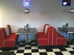 diner style table and chairs uk. if you were born in the 1950s or 1960s, chances are remember heading to local diner as a teenager, sitting dining furniture booth. style table and chairs uk