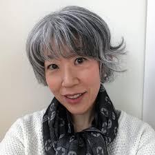朝倉真弓ライターグレイヘアリストさんはinstagramを利用してい
