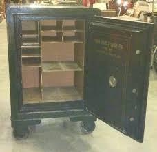 york safe. keyword: antique safe york