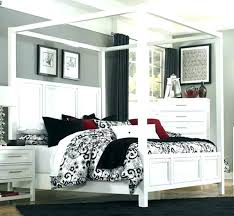 Black Canopy Bed Queen Queen Wood Canopy Bed Canopy Beds Queen Size ...