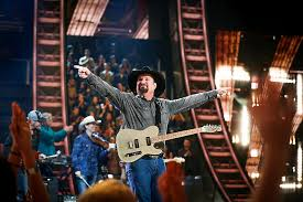 Garth Brooks Sells Out Albertsons Stadium In Under An Hour