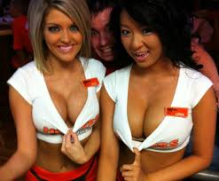 Date a hooters girl