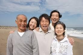 「家族写真 無料素材」の画像検索結果