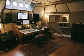 Garden Recording Studio Design Striking A Chord Recording Studios That Sync Design And