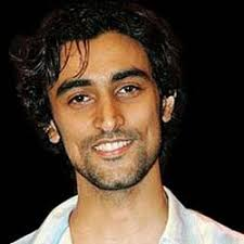 """Kunal Kapoor To Play A Super Hero In Anurag Kashyap's 'Daga' After Hrithik in """"Krrish"""" and SRK in the under-production """"Ra. One"""", Bollywood actor Kunal ... - Kunal_Kapoor"""