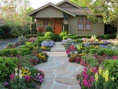 Here are several Beautiful Front Yard Landscaping Ideas to show you how you  can decorate your front yard and thus impress everyone who is passing by it.