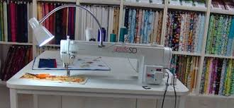 Janome Artistic Quilter SD 18 Review | Sewing Insight & Artistic Quilter SD 18 Adamdwight.com