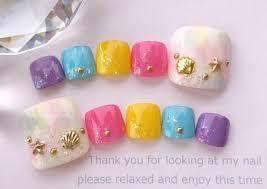 メルカリ ペディ用 貝殻とマーブルとピンクと紫と青と黄色の足用の