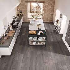 loose lay vinyl plank flooring pros cons