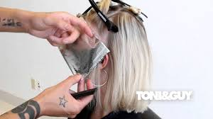 How To Color Highlight Hair Toni Guy Hair Color Technique Platinum Blonde Champagne Blonde