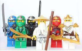 LEGO Ninjago - Sensei Wu + 5 ZX Ninjas - Lloyd, Kai, Cole, Jay & Zane:  Amazon.de: Spielzeug