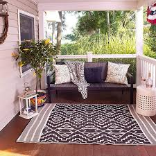 the best indoor outdoor rugs on according to hypehusiastic reviewers
