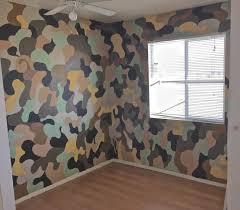 painting camouflage patterns on walls defendbigbird camo painted walls