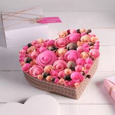 Gift Box Decoration Ideas Gift wrapping ideas for Valentines Day How to decorate a gift box 67