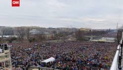 Cnn Quietly Releases Updated Pic Showing Trumps Inaugural Crowd