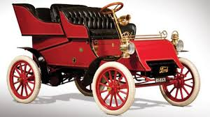 Who Made The First Car One Of The First Cars Made By Ford Motor Company Heading For