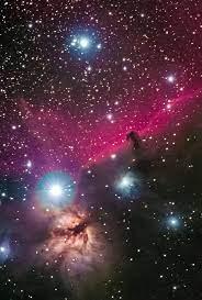 Así luce el universo y su inmensidad desde un pequeño pueblo suizo