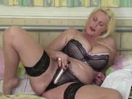 Sexy mature mommy tube8