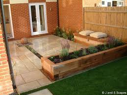Small Picture modern garden designs for front of house ideas for small gardens