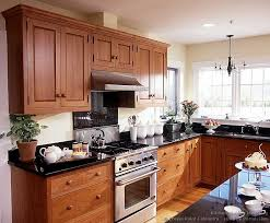 02 traditional light wood kitchen