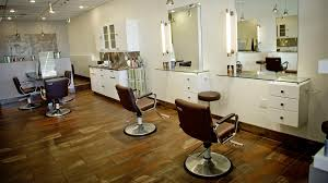 Simple Beauty Parlour Design Just How To Pick A Perfect Beauty Salon Parlour Service