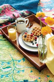 Wake up on the waffle side of the bed.Breakfast in bed with Tracey Porter  and Everyday White. | Postres