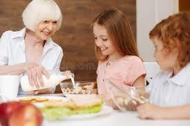 """Résultat de recherche d'images pour """"maman petit déjeuner"""""""
