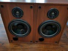 infinity qa speakers. infinity studio monitor sm-82, 2-way bookshelf speakers - nice condition. tested qa