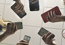 teens phones and photos news sports jobs the daily news authorities reporting a rise in local teen sexting cases both young people and their