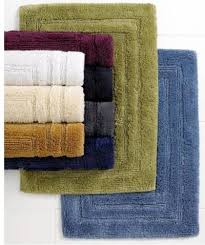lauren by ralph lauren has always remained committed to quality and style continuing with this legacy are these plush cotton bath rugs which are a treat