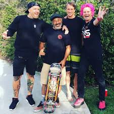 jason ellis skateboarding. stoked to see my old skateboard buddies. love these guys! happy 4th everybody 🇺 jason ellis skateboarding