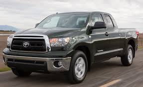 2010 Toyota Tundra 4.6 V8 | Review | Car and Driver