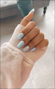 Girly Nail Designs For Short Nails Pin By Ana Piggin On Girly Stuff Nail Designs Nails Blue