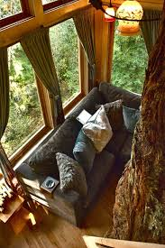 inside of simple tree houses. Houses That Incorporate Nature Inside Tree House Pictures Of Simple What To Put Treehouse Decorating Games