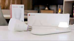 Xiaomi Yeelight - Wireless Charging <b>Nightlight</b> & <b>Smart Led</b> Bulb ...
