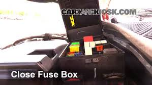 1994 ford tempo fuse box electrical work wiring diagram \u2022 1997 Ford Ranger Fuse Box Diagram replace a fuse 1990 1994 ford tempo 1993 ford tempo gl 2 3l 4 cyl rh carcarekiosk com 1998 ford tempo 1994 ford tempo fuse box diagram