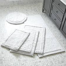 farmhouse bathroom rugs style
