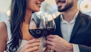 Resultado de imagem para 8 motivos para beber vinho: de proteção cardiovascular ao aumento da libido